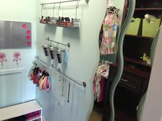 Teenage girl closet organization!  Got this from another board that I forgot to pin!  Thanks for the idea!