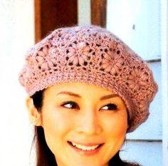 Delicadezas en crochet Gabriela: Boinas y capelina