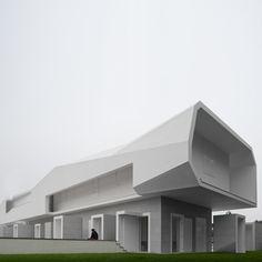 House at Oporto by architect Alvaro Leite Siza Vieira