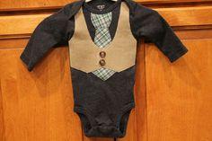 Baby Boy Tie and Vest Onesie navy blue green plaid par BeesBabyTs, $23.00