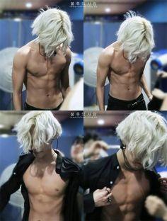 "Taemin BODY BODY BODY <3 gosh<3 I""m hungry <3"