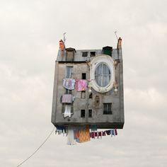 Le case volanti di Laurent Chehere ~ Fotografia Artistica Blog G. Santagata