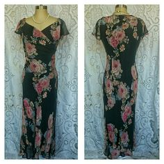 Tea Length Floral Dress Sz 10 Tea Length Floral Dress Sz 10 by Jones New York. Fully lined. Perfect for upcoming wedding season. Stunning! Excellent condition. Sorry no trades. Jones New York Dresses Midi
