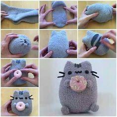 Make Your Own Pusheen Toy! Make Your Own Pusheen Toy!,Zeichnungen Make Your Own Pusheen Toy! Sock Crafts, Cute Crafts, Sewing Crafts, Diy And Crafts, Crafts For Kids, Bead Crafts, Paper Crafts, Kawaii Crafts, Kawaii Diy
