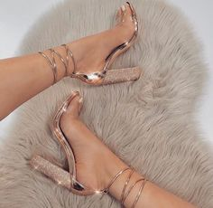 9 Prodigious Tips: Shoes Sketch Angles prom shoes floral.Prom Shoes Rose spring shoes for girls. Cute Shoes, Me Too Shoes, Super High Heels, Gold High Heels, Rose Gold Heels, Cream High Heels, Prom Heels, High Heels For Prom, Gold Prom Shoes