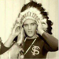 Gotta love Elvis