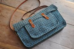 Crochet Purses Design Looking for your next project? You're going to love The Quotidian Satchel: Crochet Pattern by designer HanJan Crochet. Love Crochet, Beautiful Crochet, Knit Crochet, Crochet Purse Patterns, Crochet Patterns For Beginners, Crochet Handbags, Crochet Purses, Crochet Bags, Arm Crocheting