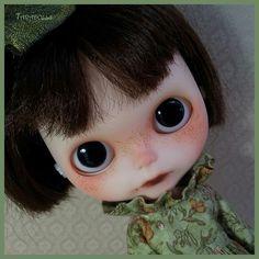 Taradolls Eloïne custom  Blythe doll ooak.