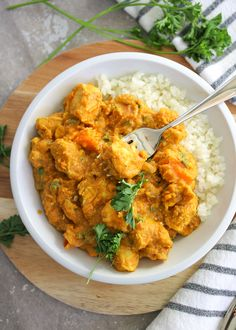 Just Jessie B: Slow Cooker Moroccan Chicken Slow Cooker Huhn, Slow Cooker Recipes, Crockpot Recipes, Chicken Recipes, Cooking Recipes, Slow Cooker Moroccan Chicken, Slow Cooker Chicken Thighs, Slow Cooking, Paleo Chicken Breast