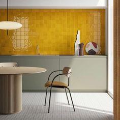 Home Decor Grey Home Interior Classic.Home Decor Grey Home Interior Classic Home Interior, Interior Design Kitchen, Yellow Interior, Interior Modern, Kitchen Furniture, Kitchen Decor, Kitchen Tiles, Furniture Ideas, Furniture Design
