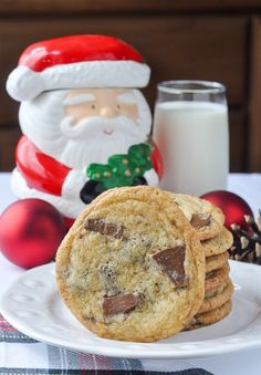 Especially for festive Christmas baking, what could be better than Terry's Chocolate Orange Chunk Cookies? Chocolate Chip cookies with a memorable twist.