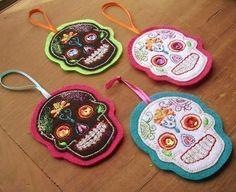 Sugar skull ornaments. (Could maybe be used as gift tags too?)