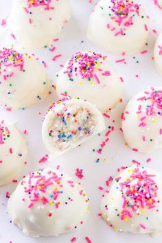 Cake batter truffles: http://www.stylemepretty.com/living/2015/07/22/no-bake-cake-batter-truffles/ | Recipe: Deliciously Sprinkled - http://deliciouslysprinkled.com/