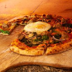 Best Pizza in Unexpected Places: Redd Wood