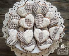 """Купить Свадебные пряники """"Ажурное сердце"""" - белый, свадебные пряники, расписные пряники, пряники на свадьбу"""