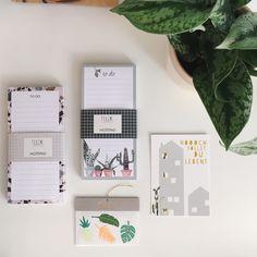 Bei uns: Papeterie von unterschiedlichen Designern, hier NUUKK.