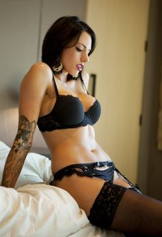 Hot Tattoo Girls