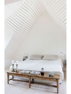 Most Design Ideas Minimalist White Bedroom Pictures, And Inspiration – Modern House Awesome Bedrooms, Beautiful Bedrooms, Minimal Bedroom, Bedroom Simple, Natural Bedroom, Simple Bed, Super Simple, Decoration Inspiration, Decor Ideas