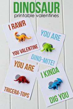 Dinosaur Printable Valentines -- these adorable valentines are perfect for my wannabe paleontologist dinosaur-lovin' boy!