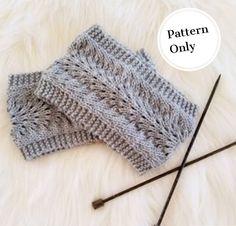 knitting pattern for women, knit ear warmer pattern, ear warmer pattern, easy knitting patterns, simple knit pattern by DDsFashion on Etsy https://www.etsy.com/listing/597722992/knitting-pattern-for-women-knit-ear