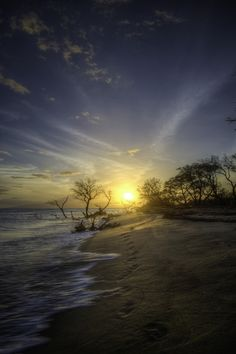 Sunset along beach in Maui - You really don't need much of an excuse to want to go to #Hawaii!