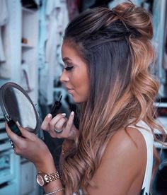 22 new beautiful hair color trends for 2019 - # for # hair color trends . - 22 new beautiful hair color trends for 2019 – - Gorgeous Hair Color, Brown Blonde Hair, Ombre On Dark Hair, Carmel Ombre Hair, Hair Color For Brown Skin, Carmel Balayage, Black Hair, Caramel Ombre, Blonde Honey