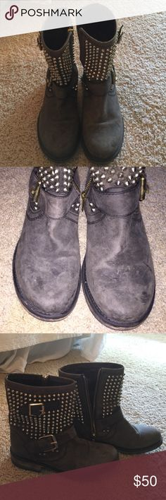 Booties Bought about two years ago but only worn a handful of time. Super cute and trendy. Steve Madden Shoes Ankle Boots & Booties