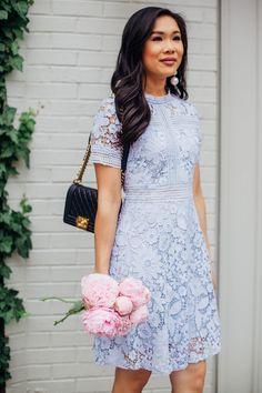 COLOR & CHIC   Lavender Floral Lace Dress
