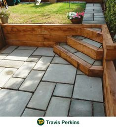 Gardens Discover Multiple uses for Railway sleepers. Backyard Patio Designs, Small Backyard Landscaping, Sloped Backyard, Railway Sleepers Garden, Sunken Patio, Back Garden Design, Patio Steps, Garden Stairs, Sloped Garden
