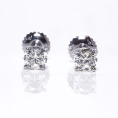 Natural Diamond Studs Earrings in 14K White Gold 0.90 Carat H VS2 Round Shape…