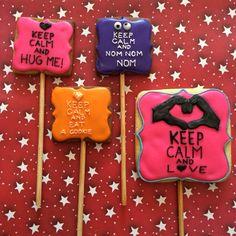 Keep calm eat cookies saint valentine's  icing glass 14 february Galletas  de san valentin, 14 de febrero