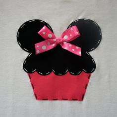 Cupcake Minnie Mouse Vacation Tshirt or Onesie by AStitchUponAStar, $23.95