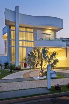 Habitações translation missing: pt.style.habitações.moderno por Arquiteto Aquiles Nícolas Kílaris