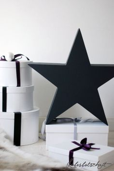black christmas stars