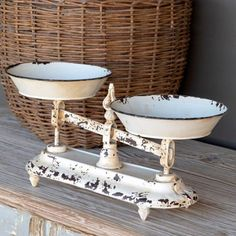 This Antique Inspired Countertop Scale will add so much vintage appeal to your d. Vintage Home Decor, Vintage Industrial Decor, Vintage House, Vintage Scale, Vintage Kitchen, Chic Decor, Vintage Industrial, Vintage Decor, Kitchen Remodel Cost