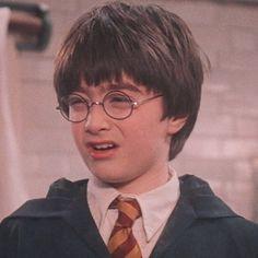 Harry James Potter, Harry Potter Tumblr, Estilo Harry Potter, Harry Potter Icons, Harry Potter Pictures, Harry Potter Cast, Harry Potter Fandom, Harry Potter Movies, Harry Potter World