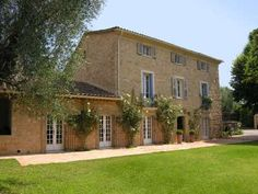 Elegant Villa in Valbonne offering 350 m² living including 6 bedrooms, pool and beautiful gardens
