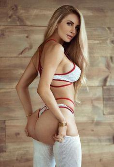 Amanda lee naked