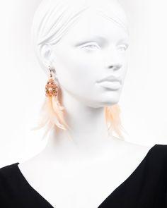 PEACH FEATHER DROP | cercei statement lungi cu pene Aur, Feather, Peach, Drop Earrings, Modern, Jewelry, Fashion, Moda, Peaches
