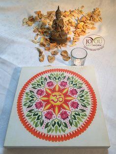 Handgemaltes Mandala mit Buntstiften auf Leinwand 30 x 30 cm Tableware, Mandalas, Colouring Pencils, Glee, Canvas, Dinnerware, Tablewares, Dishes, Place Settings