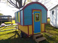 Daphne's Caravans: Magical Gypsy Caravans, guest spaces or retreats Home Made Camper Trailer, Camping Trailer Diy, Camper Trailers, Homemade Camper, Diy Camper, Gypsy Wagon, Gypsy Caravan, Horse Drawn Wagon, Painting Bathtub