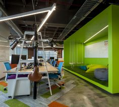 Gentera Innovation Lab Offices – Mexico City. Featuring turnstone Bivi Desk and accessories.