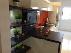 Take a look at how compact this kitchen is but has absolutely everything you need in a busy kitchen!
