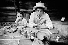 Bob Dylan with his son Jesse, 1968.