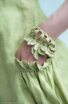 Mint Pocket and crochet bracelet Spring Green, Mint Green, Color Menta, Frou Frou, Pantone Color, Shades Of Green, Green Colors, Favorite Color, Casual Outfits