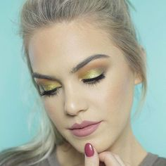 @thegalsguide in Colourpop #Telepathy & #Aquarius Lippie Stix & Pencil