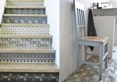 un escalier déco ancien avec carreaux de ciment
