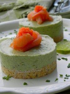 Cheesecake à l'avocat et au saumon