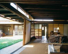 Interior of the exquisite Rudolph Schindler House, West Hollywood, California, 1921.