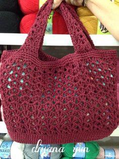 Margarita Zavala Margarita bravo - Salvabrani - is-sit tiegħi Crochet Market Bag, Crochet Tote, Crochet Handbags, Crochet Purses, Crochet Stitches, Knit Crochet, Crochet Patterns, Diy Crafts Crochet, Easy Crochet